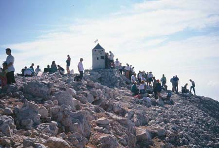 Na vrhu Triglava, ali ljeti