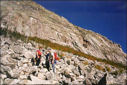 Abe, Jim i Alan pod Cannon Cliffom